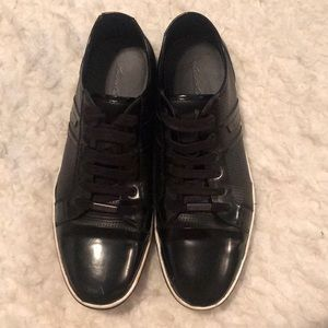 "Black Kenneth Cole "" Down n Up"" sneakers"
